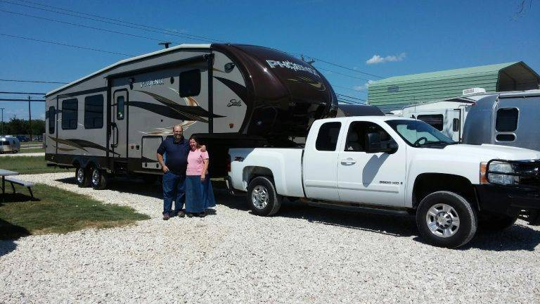New Owners of a Shasta Phoenix 5th Wheel from Camper Clinic 2